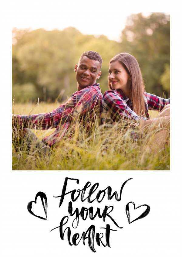 Personalizable statement postcard with hearts