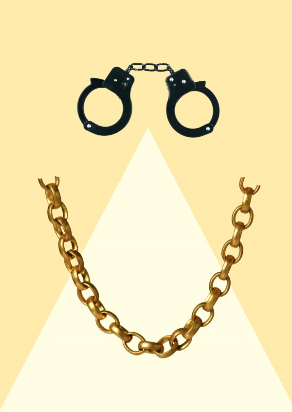 Kubistika face made of handcuffs and chain