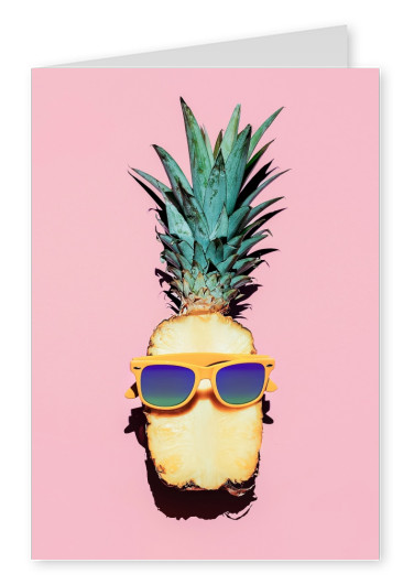 Kubistika pineapple with sunglasses