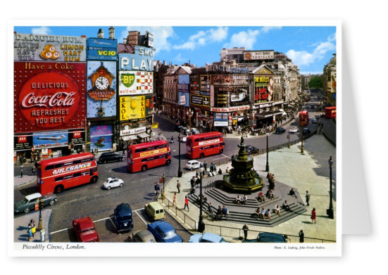 De John Hinde Archief foto Piccadilly Circus in Londen