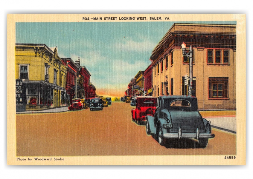 Salem, Virginia, main Street looking west