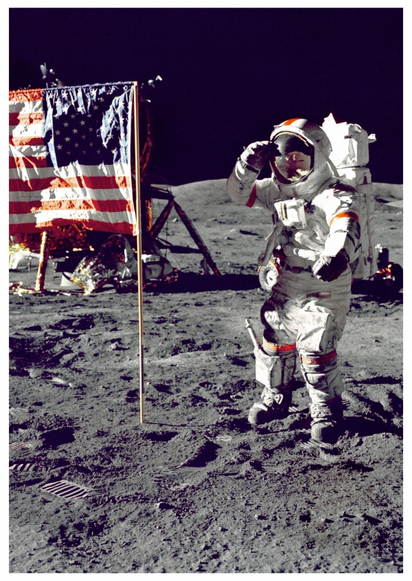 photo first landing on the moon