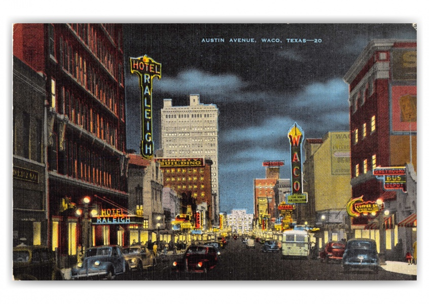 Waco, Texas, Austin Avenue at night