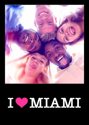 I love Miami pink heart on black