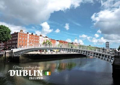 Postcard from Dublin ind Ireland with photo of Ha'penny Bridge