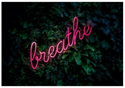 Foto Neonlicht breathe