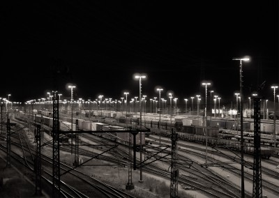 James Graf photo de la gare de marchandises par nuit