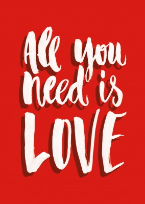 all you need ist love rote postkarte